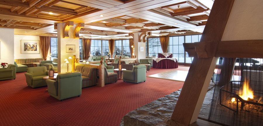 Switzerland_Grindelwald_Hotel_Sunstar_Alpine_lounge.jpg
